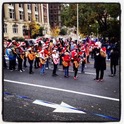 Chuy's Children's Parade | Mi Trova